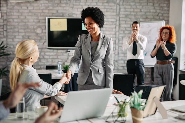 How to train sales manager
